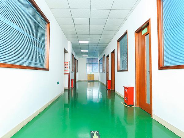 星威办公室走廊